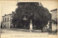 14 P.B.– MONTGAILLARD (L.-et-G.) – Place de l'Eglise et le Monument aux Morts / P.B.
